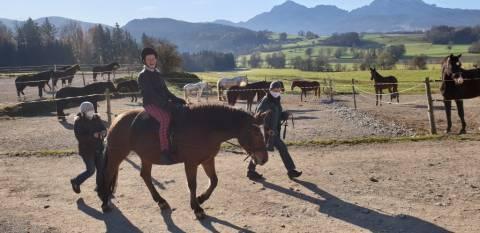 Therapeutisches Reiten bei der Lebenshilfe Berchtesgadener Land